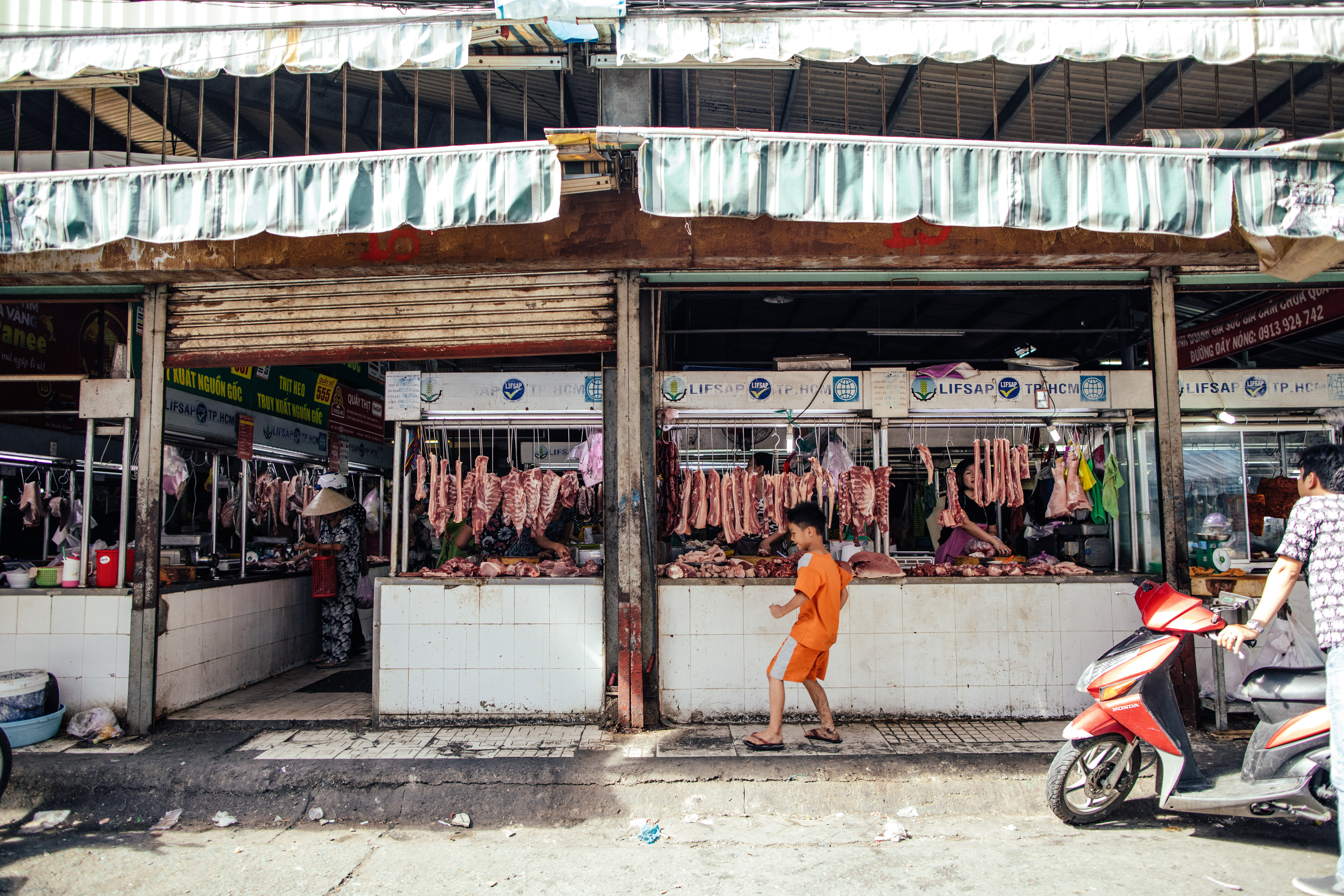 How to bargain your way through the meat Streets of Saigon